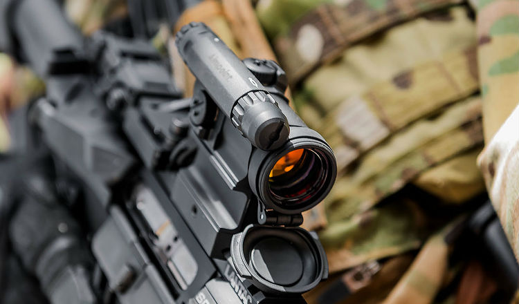 Aimpoint Comp M5 attached to AR