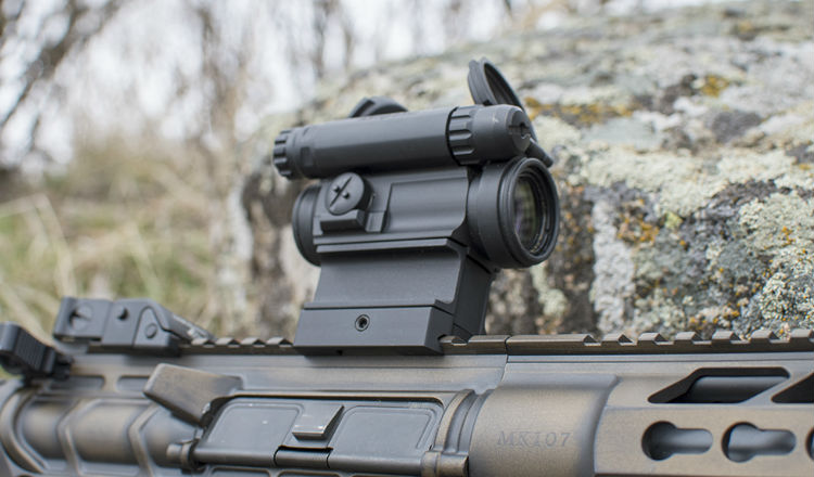Aimpoint Comp M5 red dot sight