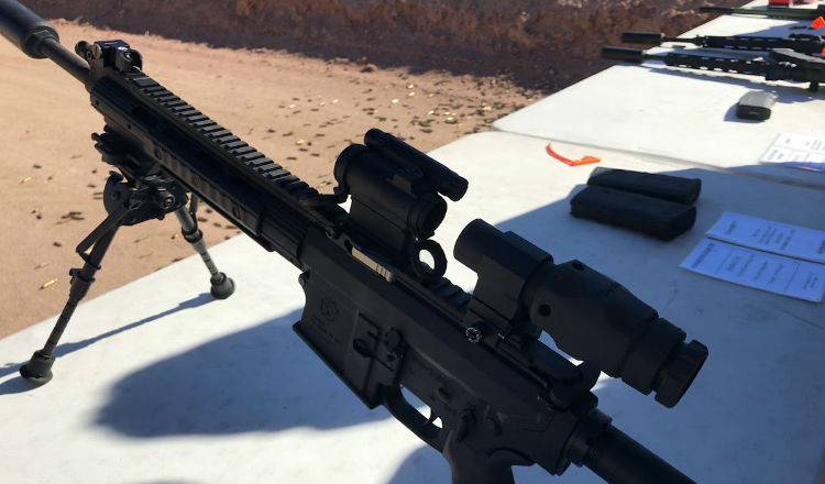 Aimpoint Comp M5 with 6xMag Module